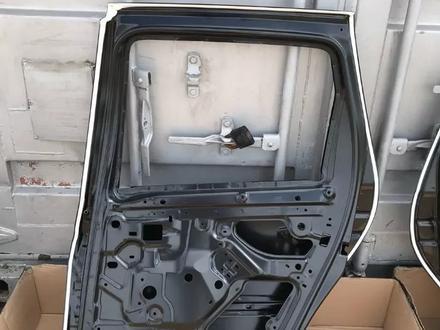 Передние двери Renault Duster за 888 тг. в Караганда – фото 12