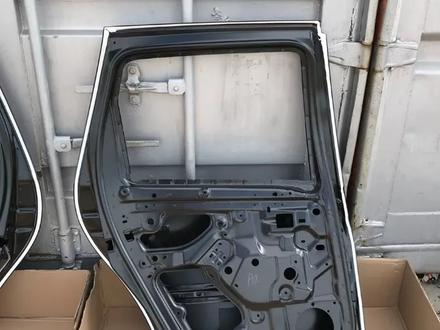 Передние двери Renault Duster за 888 тг. в Караганда – фото 11
