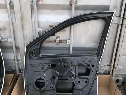 Передние двери Renault Duster за 888 тг. в Караганда – фото 7