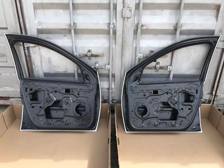 Передние двери Renault Duster за 888 тг. в Караганда – фото 4
