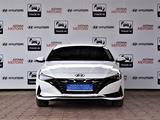 Hyundai Elantra 2021 года за 13 590 000 тг. в Алматы – фото 2