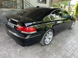 BMW 740 2005 года за 5 500 000 тг. в Алматы – фото 4