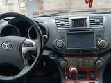 Toyota Highlander 2012 года за 9 000 000 тг. в Павлодар