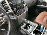 Toyota Land Cruiser 2020 года за 28 500 000 тг. в Актобе – фото 3
