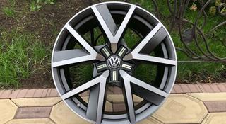 Оригинальные диски R20 на VW Touareg III (Туарег) за 600 000 тг. в Алматы