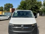 Volkswagen Caravelle Trendline 2021 года за 19 960 000 тг. в Алматы – фото 3