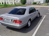 Mercedes-Benz E 240 1998 года за 2 700 000 тг. в Нур-Султан (Астана) – фото 5
