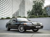 Lincoln Town Car 1999 года за 6 000 000 тг. в Алматы