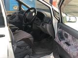 Nissan Prairie 1997 года за 1 970 000 тг. в Алматы – фото 2