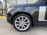 Land Rover Range Rover 2015 года за 27 500 000 тг. в Алматы – фото 5
