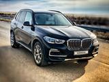 BMW X5 2019 года за 35 500 000 тг. в Уральск