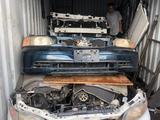 Хонда одиссей бампер передний за 30 000 тг. в Алматы