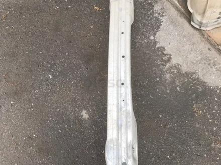 Усилитель бампера за 10 000 тг. в Караганда