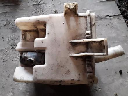 Бачок омывателя на Nissan Primera w10, v1.6, JA16 (1996 год)… за 4 000 тг. в Караганда – фото 2