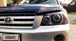 Toyota Highlander 2004 года за 6 700 000 тг. в Шымкент – фото 3
