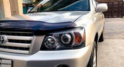 Toyota Highlander 2004 года за 6 700 000 тг. в Шымкент – фото 4
