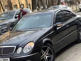 Mercedes-Benz E 320 2004 года за 5 200 000 тг. в Алматы