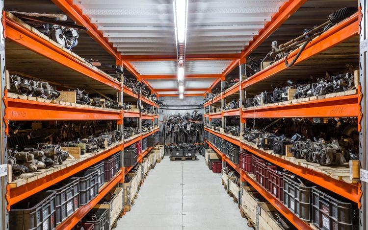 Двигатель коробка автомат акпп детали по кузову в Павлодар