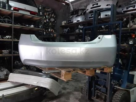 Бампер задний на Toyota Camry 40 в Алматы