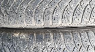 Пару зимние шины размер 265 65 17 Nokian за 20 000 тг. в Алматы