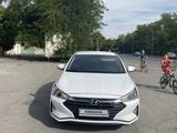 Hyundai Elantra 2019 года за 8 000 000 тг. в Шымкент – фото 2