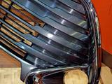 Решетка бампера оригинал Camry 55 за 75 000 тг. в Алматы – фото 4