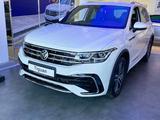 Volkswagen Tiguan R-Line 2.0 2021 года за 17 890 000 тг. в Уральск