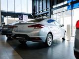 Hyundai Elantra 2020 года за 7 590 000 тг. в Караганда – фото 3