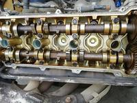 ГБЦ. Головка двигателя тойота превия 2.4. ГБЦ за 100 тг. в Алматы