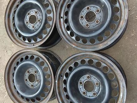 Оригинальные металлические диски на Mercedes (R16 5*112 ЦО66.6 7J за 45 000 тг. в Нур-Султан (Астана)
