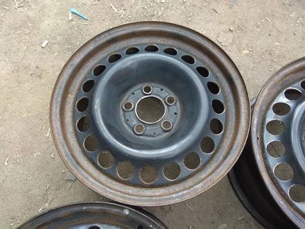 Оригинальные металлические диски на Mercedes (R16 5*112 ЦО66.6 7J за 45 000 тг. в Нур-Султан (Астана) – фото 4