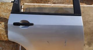 Дверь задняя правая на Mitsubishi Outlander за 40 000 тг. в Алматы