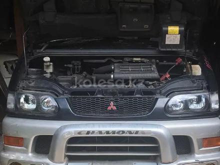Двигатель 4м40 за 1 600 тг. в Караганда