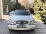 Mercedes-Benz E 320 1998 года за 5 200 000 тг. в Алматы – фото 2