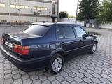 Volkswagen Vento 1992 года за 1 550 000 тг. в Караганда – фото 3