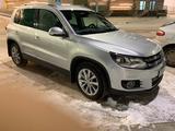 Volkswagen Tiguan 2012 года за 5 499 000 тг. в Нур-Султан (Астана)