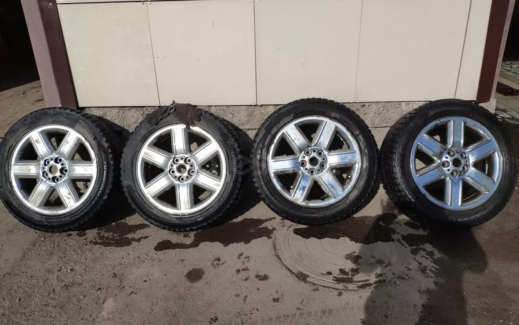 Диски на Range Rover Vogue с шипованной резиной. за 80 000 тг. в Караганда
