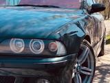 BMW 528 1998 года за 3 900 000 тг. в Талдыкорган – фото 2