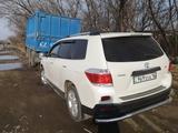 Toyota Highlander 2011 года за 11 500 000 тг. в Усть-Каменогорск – фото 4