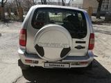 Chevrolet Niva 2005 года за 1 800 000 тг. в Семей – фото 3