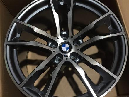 Комплект дисков r20 5*120 BMW за 350 000 тг. в Нур-Султан (Астана)