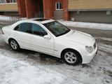Mercedes-Benz C 230 2003 года за 2 600 000 тг. в Нур-Султан (Астана)