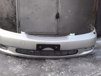 Передний бампер на lexus es 300 за 65 000 тг. в Алматы