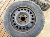 Покрышки с дисками за 75 000 тг. в Атырау – фото 2