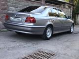 BMW 523 1996 года за 2 350 000 тг. в Алматы – фото 2