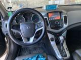Chevrolet Cruze 2010 года за 3 800 000 тг. в Тараз – фото 5