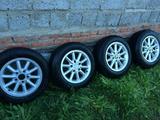 Комплект колёс на хороших дисках r-15 от BMW с резиной 195*65. за 50 000 тг. в Уральск – фото 2