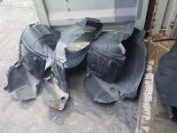 Подкрылок защита оригинал лексус рх350 rx350 lexus подкрылки за 15 000 тг. в Алматы