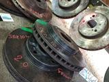 Тормозные диски на Toyota Camry 20 за 15 000 тг. в Алматы – фото 4