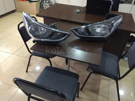 Фара левая Hyundai Accent за 50 000 тг. в Костанай